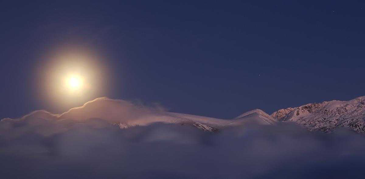 une pleine lune pour une nouvelle année