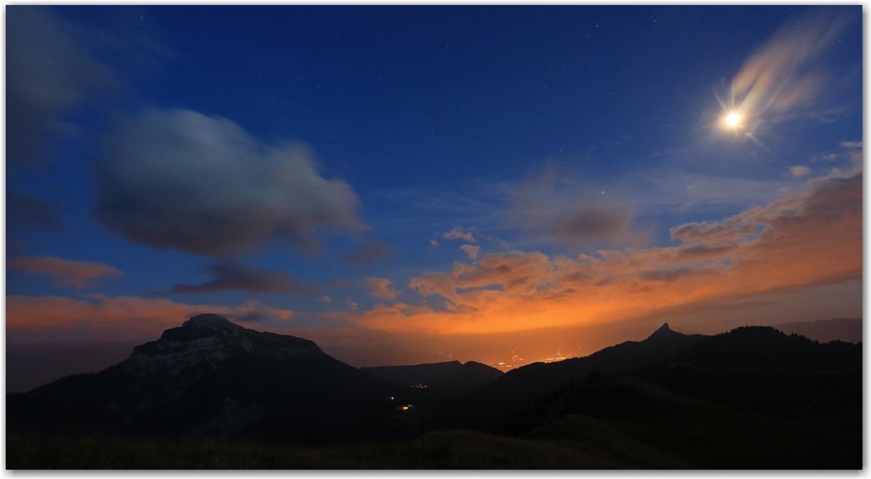 coucher de soleil au Charmant Som